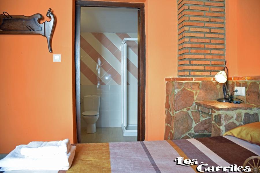 HABITACIONES - Alojamiento Rural Los Carriles - Enguídanos (Cuenca)